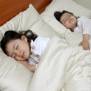 kids-organic-mattress-bedding-sq