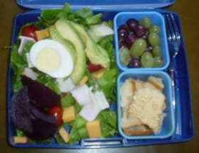 lunchChefSaladGrapes_Lunchbox